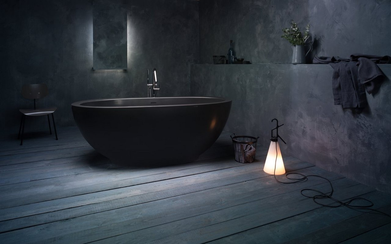 Aquatica Karolina 2 Graphite Black Solid Surface Bathtub picture № 0