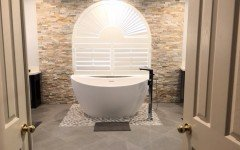 Miami usa aquatica purescape 171 mini freestanding cast stone bathtub (web)