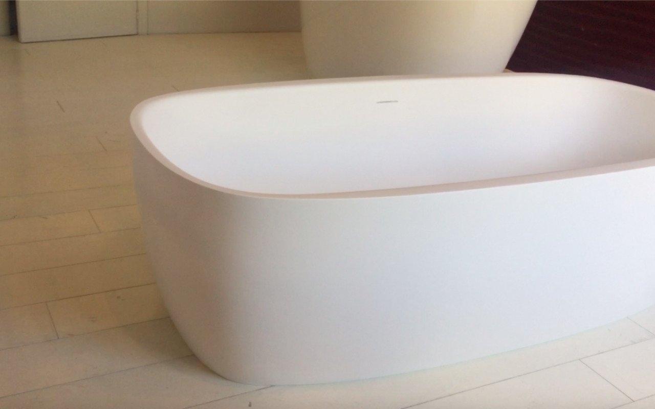 Aquatica Coletta White Freestanding Solid Surface Bathtub 49 1 (web)